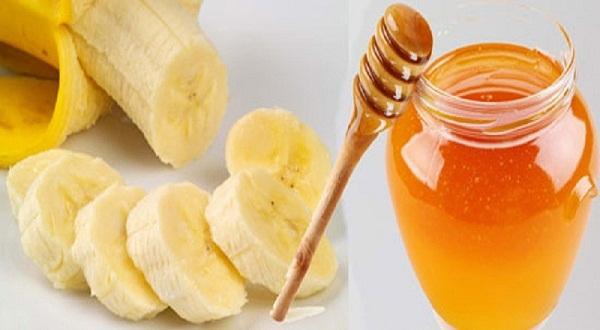 Chuối và mật ong là những nguyên liệu cần thiết để có một mái tóc chắc khỏe
