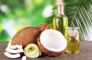 dưỡng môi bằng dầu dừa