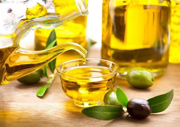 Dau-oliu-nhieu-vitamin-e